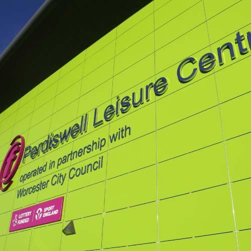 Perdiswell-Leisure-Centre-signage-square